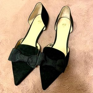 H&M pointed toe bow flats
